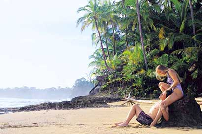 Costa rica discount travel packages for Costa rica fishing season